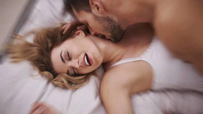 las mejores posturas para que ellas tengan un orgasmo si o si 700x394 - EL MARAVILLOSO ARTE DE BESAR