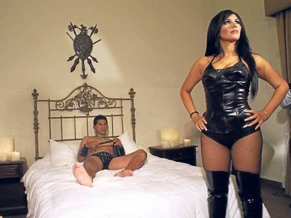 leysi desnuda al puma 56426 jpg 700x0 - DISFRUTA DEL ORGASMO SIMULTANEO