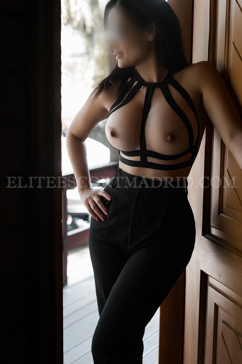 Elegante y sofisticada escort en Madrid