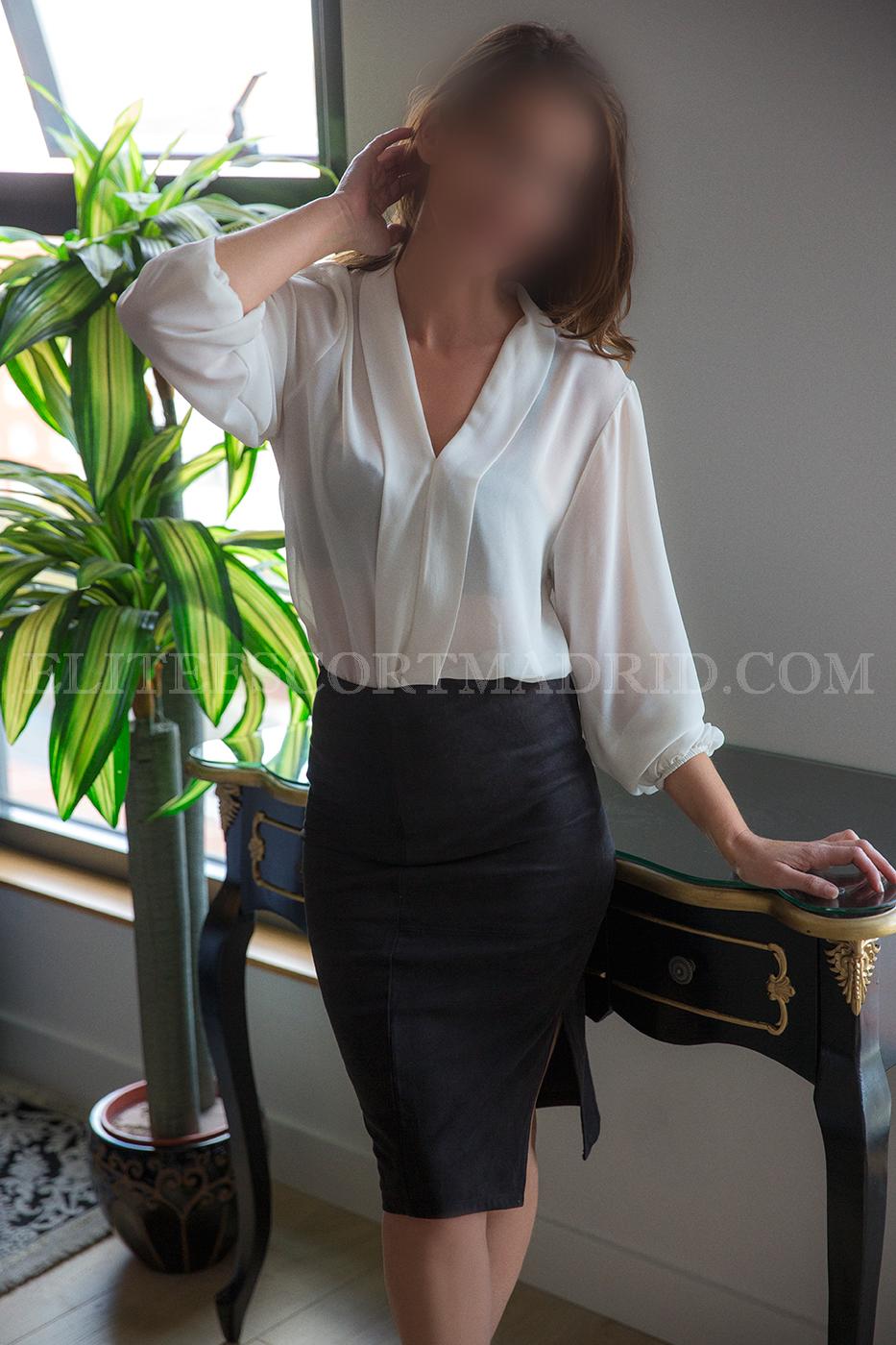 Victoria, preciosa escort española en Madrid