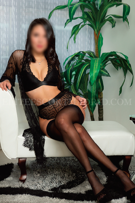 Sandra, Joven Escort disponible en Madrid